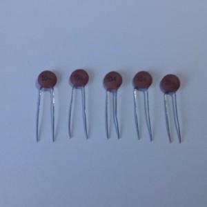 Set de 5 x Condensador Cerámico 0,1 uf / 104